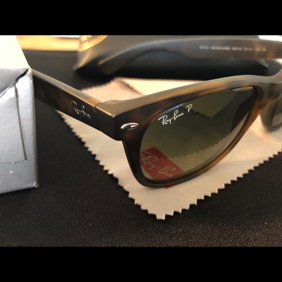 54036b119123c Ray Ban New Wayfarer tortoise polarized sunglasses.  M 5b4b9016c617776cc991dfea